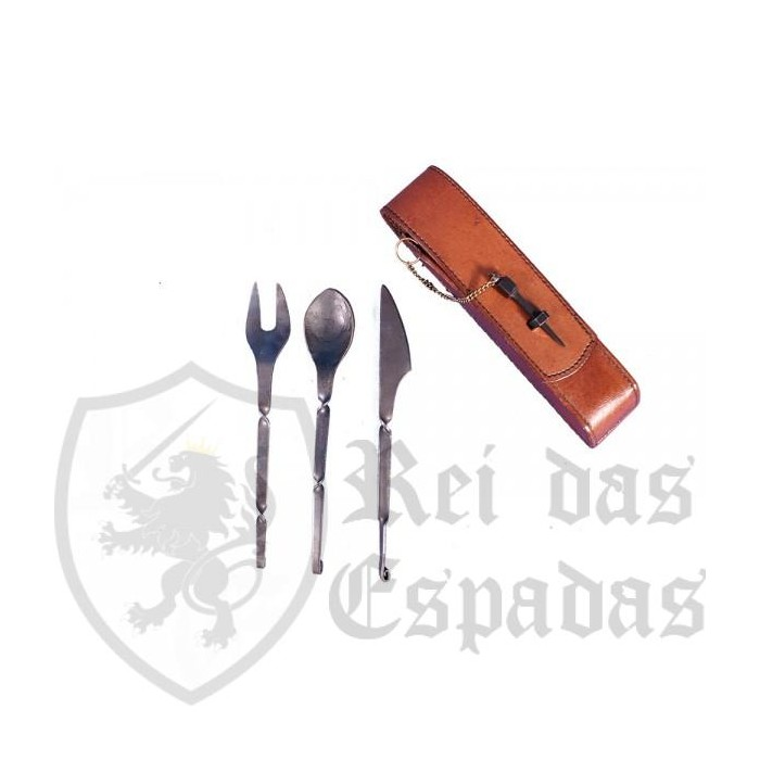 Hand forged cutlery set
