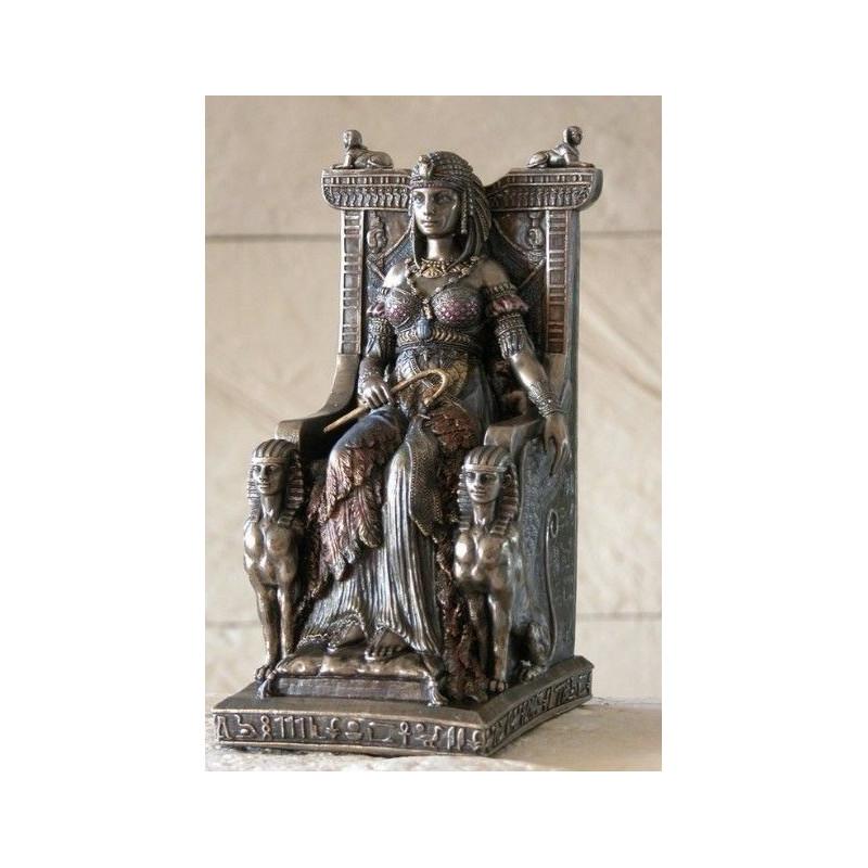 Reina egipcia en trono
