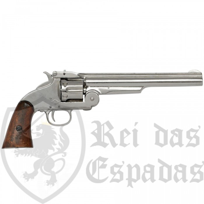Revolver manufactured by Smith & Wesson - 2