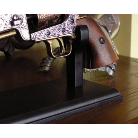 Wide Pistol Exhibitor - 5