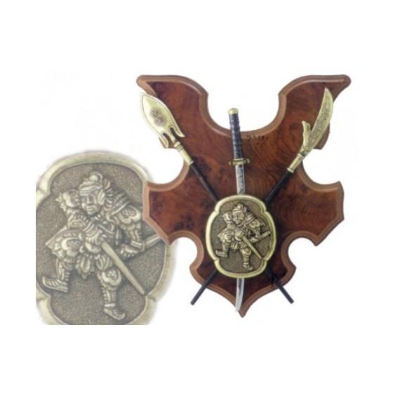 Panóplia com escudo, Katana e 2 alabardas
